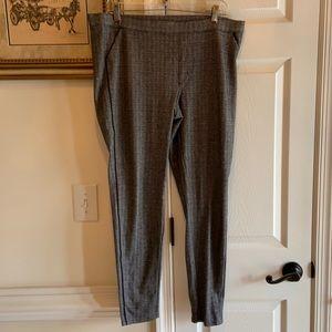XL Hue Leggings in Black & Gray